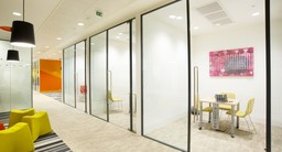 Thumb double glazed glass partition