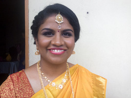 Thumb vithiya temple air brush bridal makeup