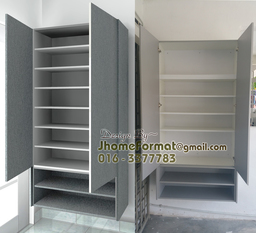Thumb shoe cabinet open
